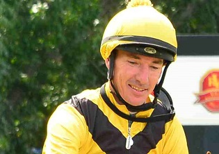 Cairon tries Fairview Polytrack